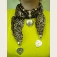 Женский шарф с декоративными элементами - модель 4