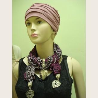 Женский шарф с декоративными элементами - модель 5